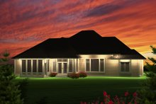 Home Plan - Traditional Exterior - Rear Elevation Plan #70-1122