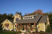 Craftsman Style House Plan - 4 Beds 3.5 Baths 2609 Sq/Ft Plan #901-67