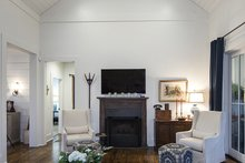 Country Interior - Family Room Plan #929-8