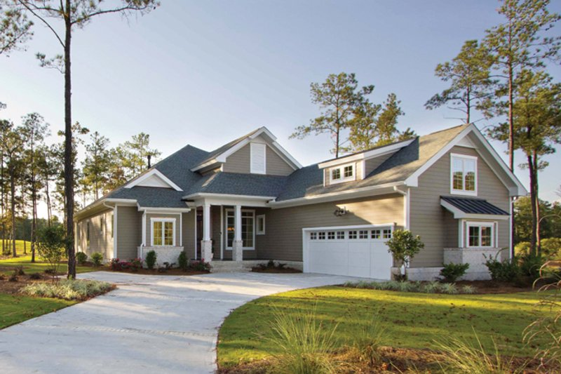 Country Exterior - Front Elevation Plan #938-64 - Houseplans.com