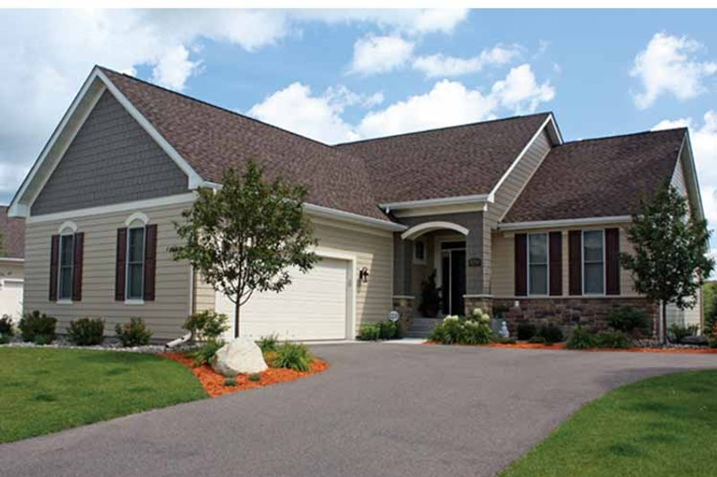 House Plan Design - Ranch Exterior - Front Elevation Plan #51-1078