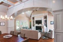 Craftsman Interior - Family Room Plan #929-905
