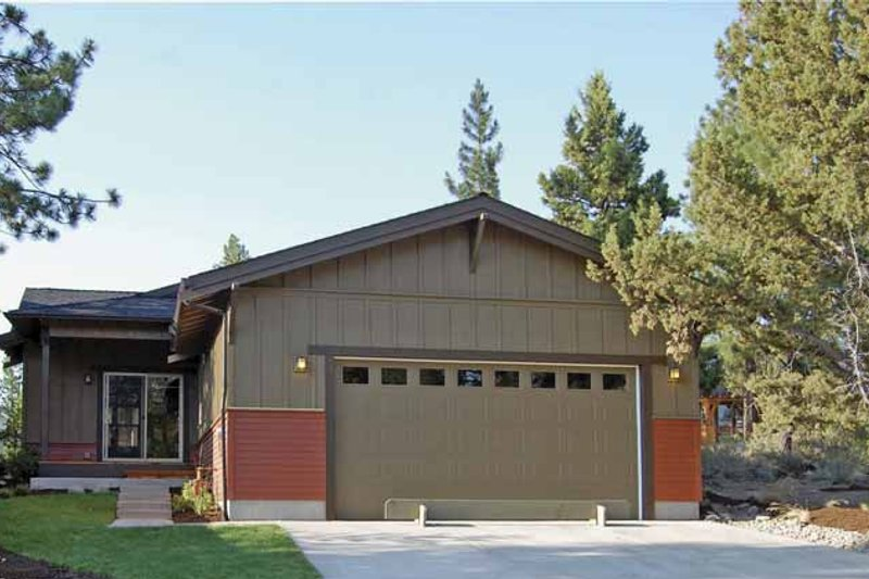 Craftsman Exterior - Other Elevation Plan #895-61 - Houseplans.com