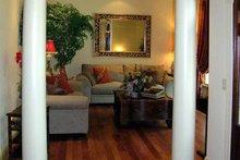 Ranch Interior - Family Room Plan #314-202