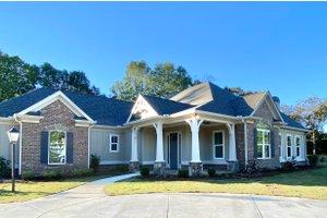 Craftsman Exterior - Front Elevation Plan #437-113