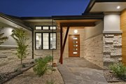 Contemporary Style House Plan - 4 Beds 4 Baths 3536 Sq/Ft Plan #935-18 Photo