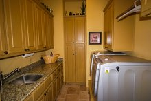 Dream House Plan - Prairie Interior - Laundry Plan #80-211