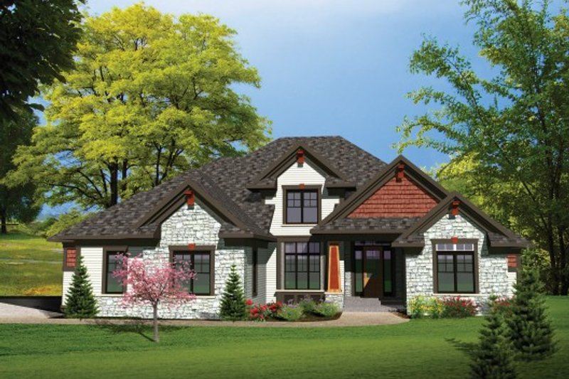 Traditional Exterior - Front Elevation Plan #70-1107 - Houseplans.com
