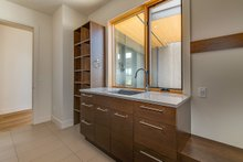 Laundry/Mudroom