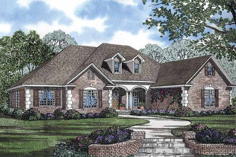 Colonial Exterior - Front Elevation Plan #17-2847