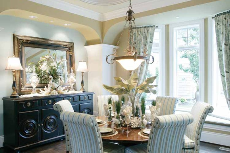 Prairie Interior - Dining Room Plan #132-354 - Houseplans.com