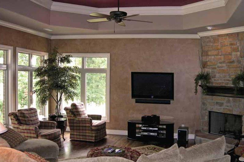 Cottage Interior - Family Room Plan #11-279 - Houseplans.com