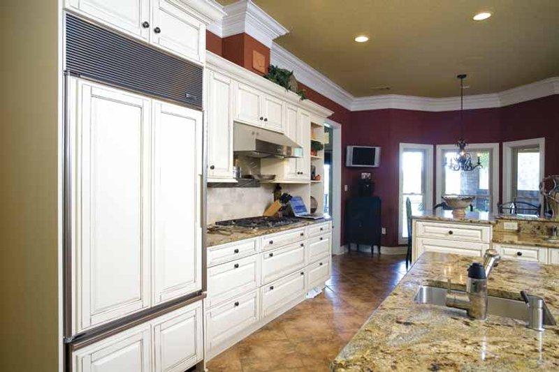 Traditional Interior - Kitchen Plan #17-2775 - Houseplans.com