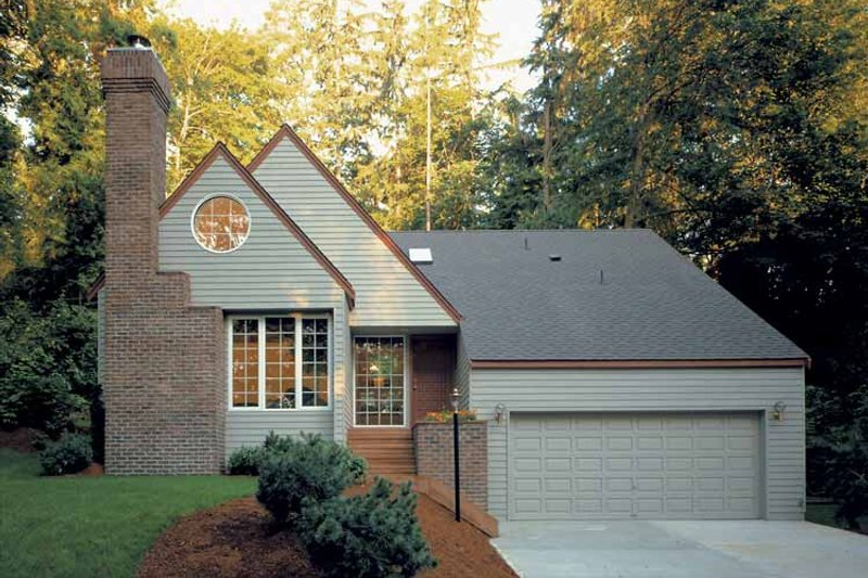 Country Exterior - Front Elevation Plan #320-732 - Houseplans.com