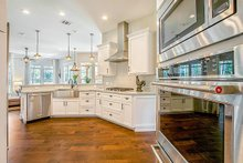 Craftsman Interior - Kitchen Plan #17-2444