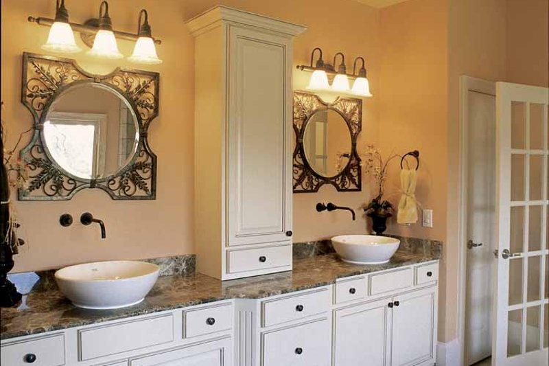 Country Interior - Master Bathroom Plan #927-854 - Houseplans.com