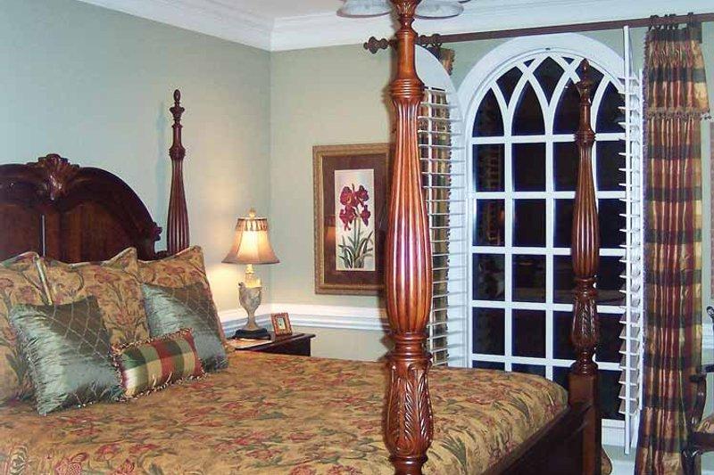 Colonial Interior - Bedroom Plan #429-64 - Houseplans.com