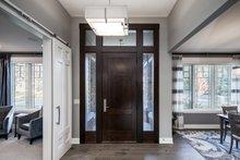 Prairie Interior - Entry Plan #928-279