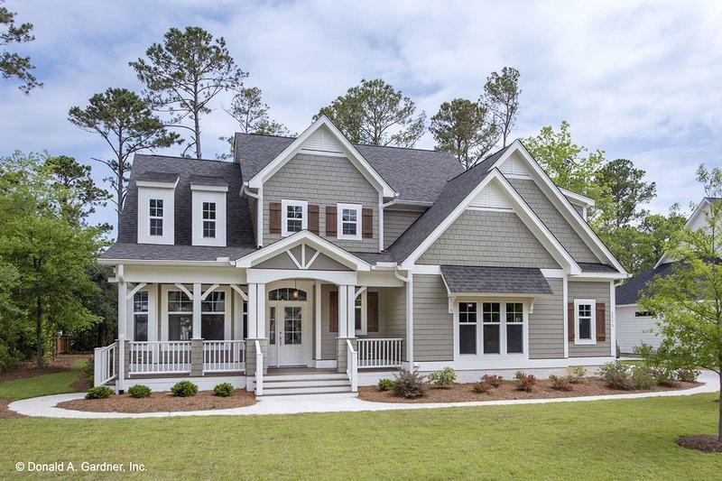 Dream House Plan - Craftsman Exterior - Front Elevation Plan #929-833