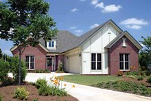 Traditional Exterior - Front Elevation Plan #17-3146