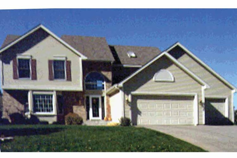 Traditional Exterior - Front Elevation Plan #51-927 - Houseplans.com