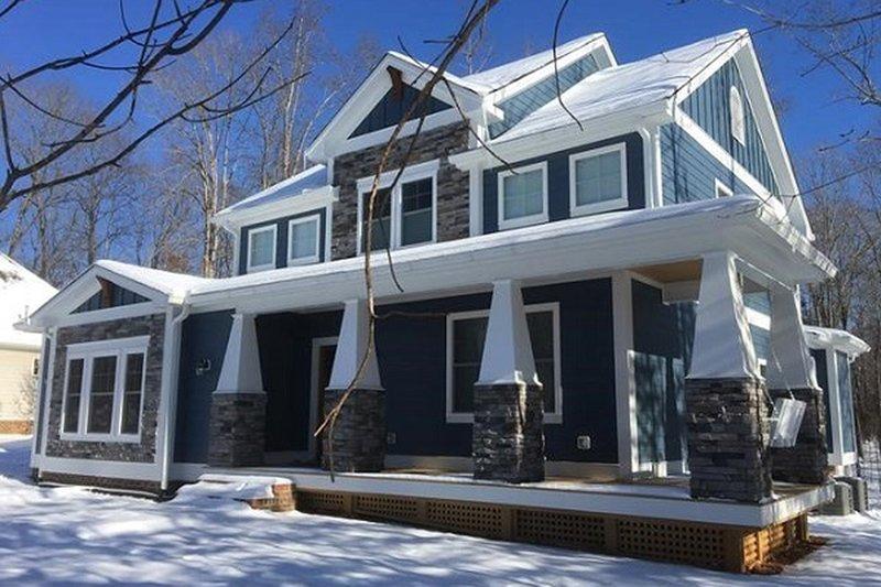 Craftsman Exterior - Front Elevation Plan #898-46
