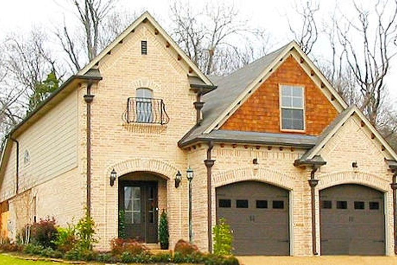 European Style House Plan - 3 Beds 2.5 Baths 2037 Sq/Ft Plan #81-13793 Exterior - Front Elevation