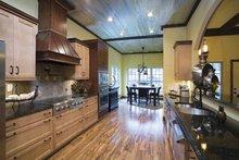 Traditional Interior - Kitchen Plan #17-2779