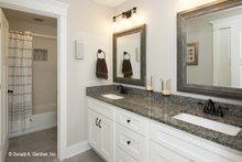 Traditional Interior - Bathroom Plan #929-770