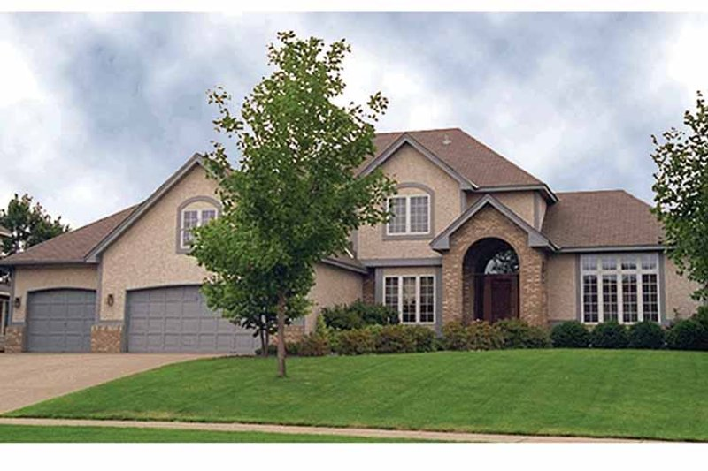 Traditional Exterior - Front Elevation Plan #51-847 - Houseplans.com