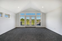 Craftsman Interior - Master Bedroom Plan #1070-5