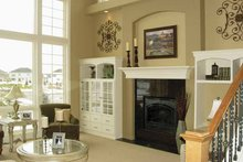 Traditional Interior - Family Room Plan #320-1002