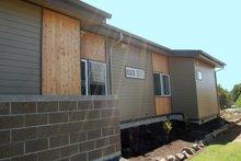 House Plan Design - Modern Photo Plan #895-31