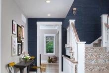 Craftsman Interior - Entry Plan #928-317