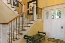 Craftsman Interior - Entry Plan #132-485