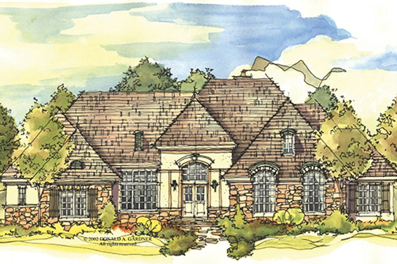 European Exterior - Front Elevation Plan #929-930