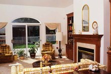 Country Interior - Family Room Plan #314-185