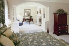 Colonial Interior - Master Bedroom Plan #927-174