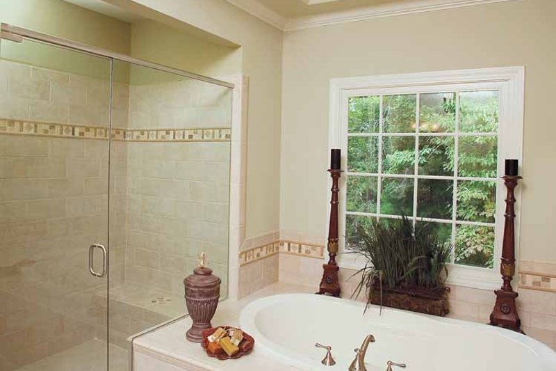Traditional Interior - Bathroom Plan #929-605 - Houseplans.com