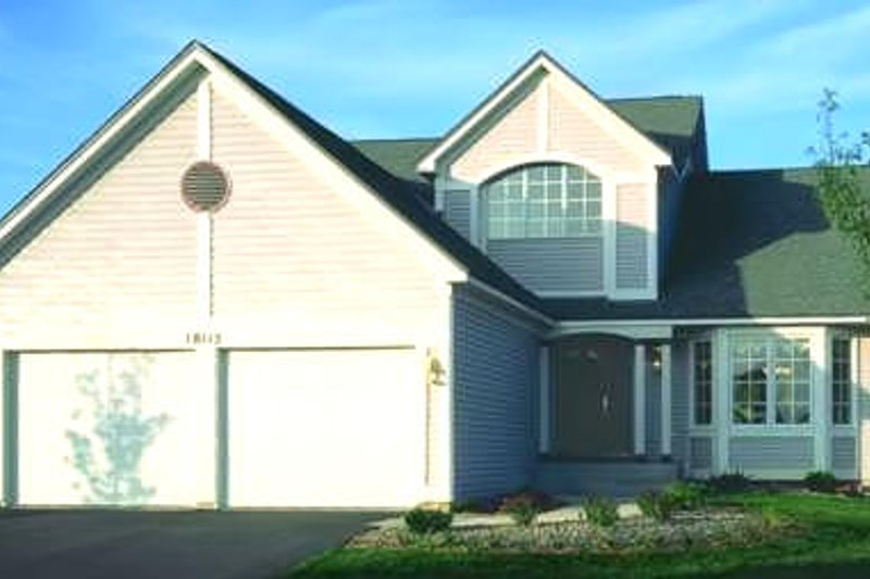 Traditional Exterior - Front Elevation Plan #320-411