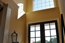 Craftsman Interior - Entry Plan #437-69