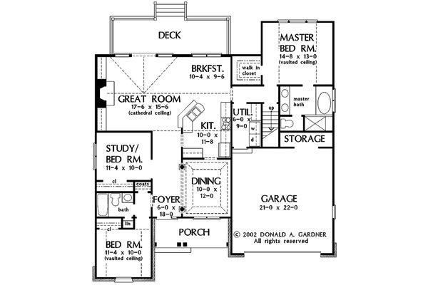 Traditional Floor Plan - Main Floor Plan Plan #929-42