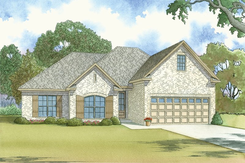 Dream House Plan - Traditional Exterior - Front Elevation Plan #923-37