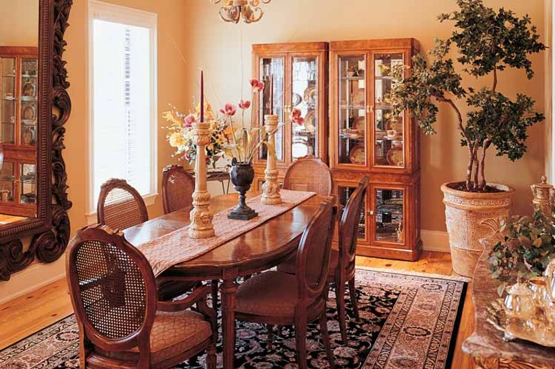Classical Interior - Dining Room Plan #45-413 - Houseplans.com