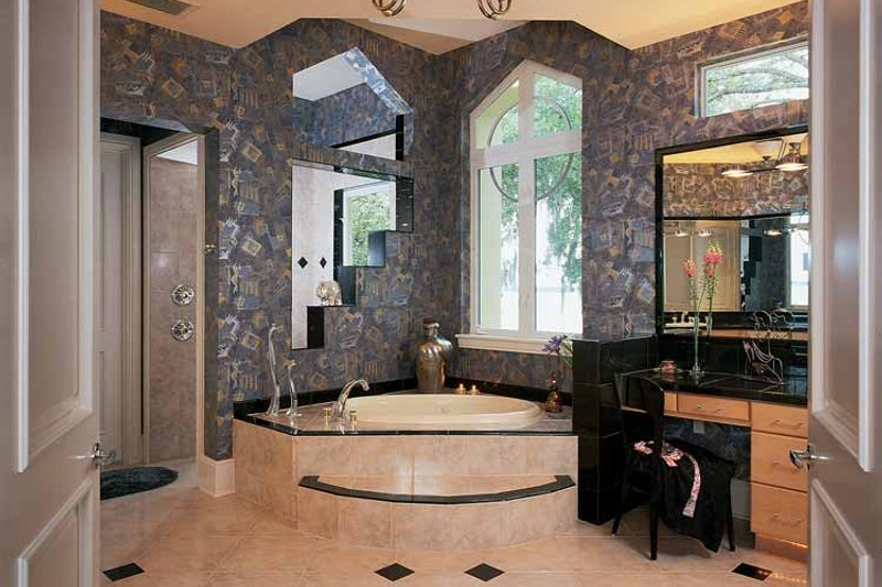 Contemporary Interior - Bathroom Plan #1039-4 - Houseplans.com