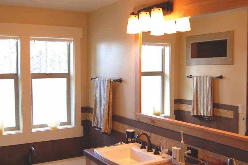 Prairie Interior - Master Bathroom Plan #895-69 - Houseplans.com