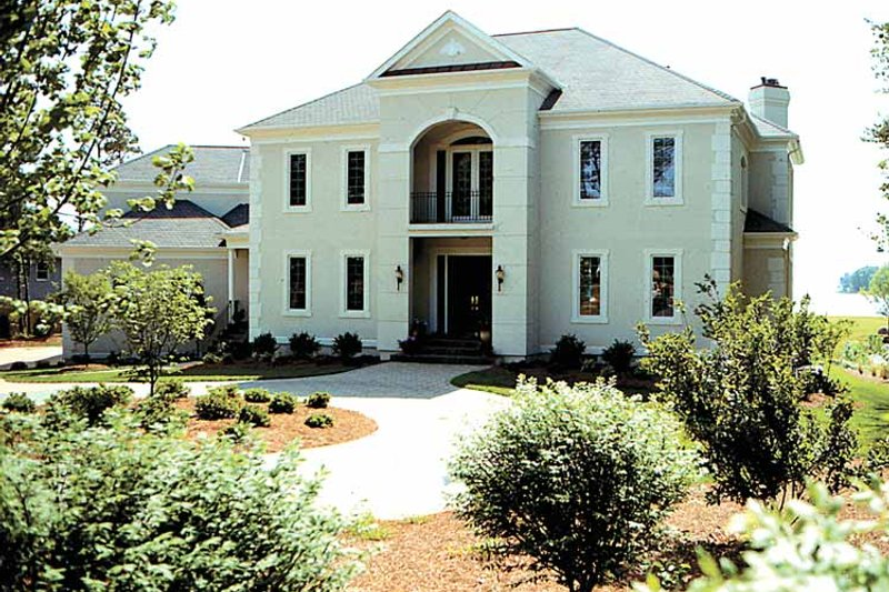 Dream House Plan - Classical Exterior - Front Elevation Plan #453-199