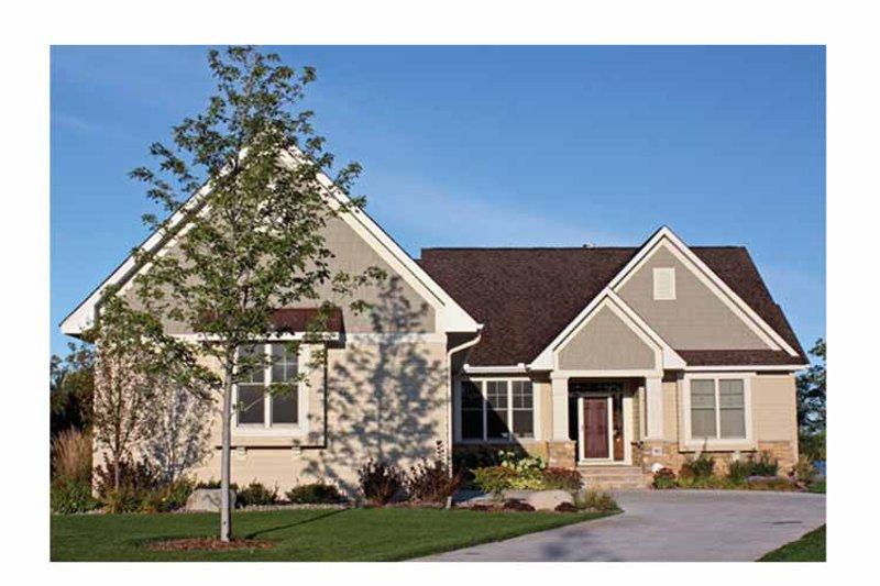 Ranch Exterior - Front Elevation Plan #51-1069 - Houseplans.com