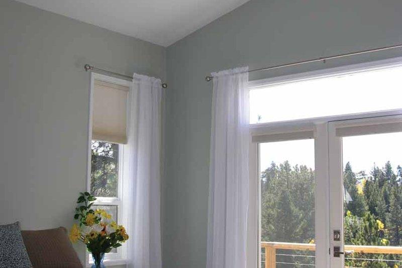 Contemporary Interior - Master Bedroom Plan #1042-14 - Houseplans.com