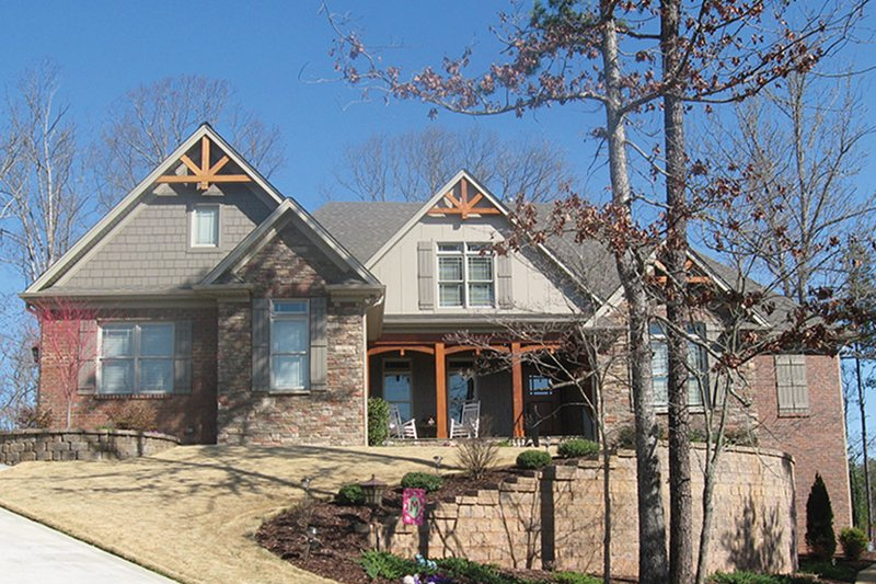 House Plan Design - Country Exterior - Front Elevation Plan #927-311